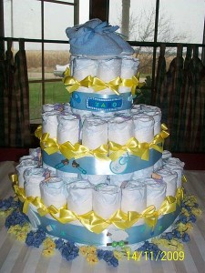 Boy's diaper cake - Wiki Commons